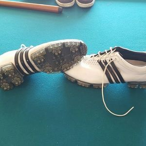Adidas tour 360 golf shoes size 11